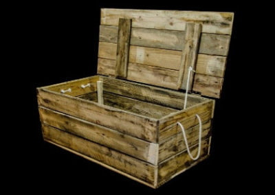Carpinteria Product Wooden Chest