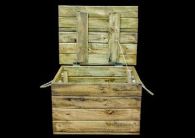 Carpinteria Product Wooden Chest 2